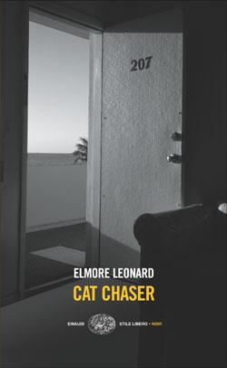 Copertina del libro Cat Chaser di Elmore Leonard