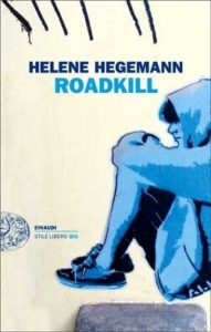 Copertina del libro Roadkill di Helene Hegeman