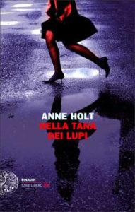 Copertina del libro Nella tana dei lupi di Anne Holt