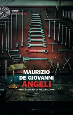Copertina del libro Angeli di Maurizio de Giovanni